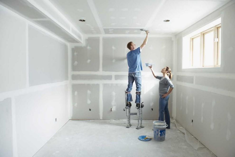 Почему так важно готовить квартиру перед установкой потолков?
