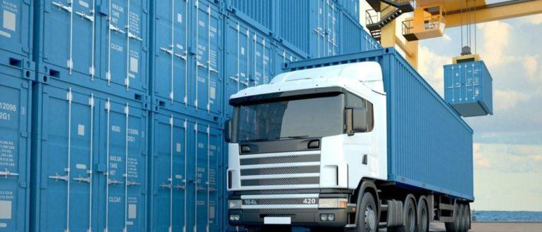 Перевозка грузов Москва-Санкт-Петербург: ЖД или автотранспорт?