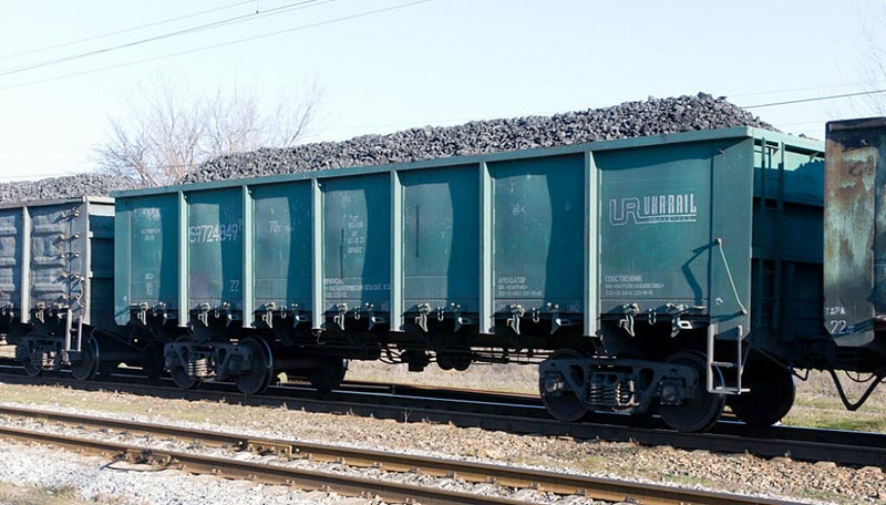 сыпучие грузы дешевле и удобнее доставить воспользовавшись арендой железнодорожных полувагонов.