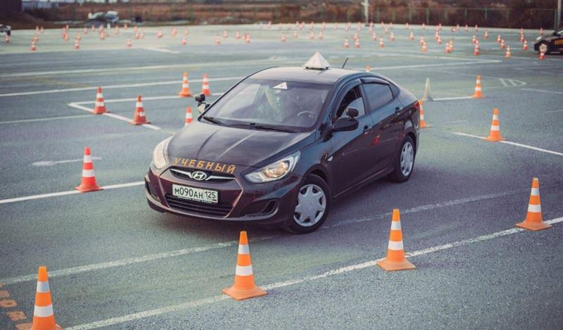Автошкола на Рокоссовского: зачем посещать курсы вождения?