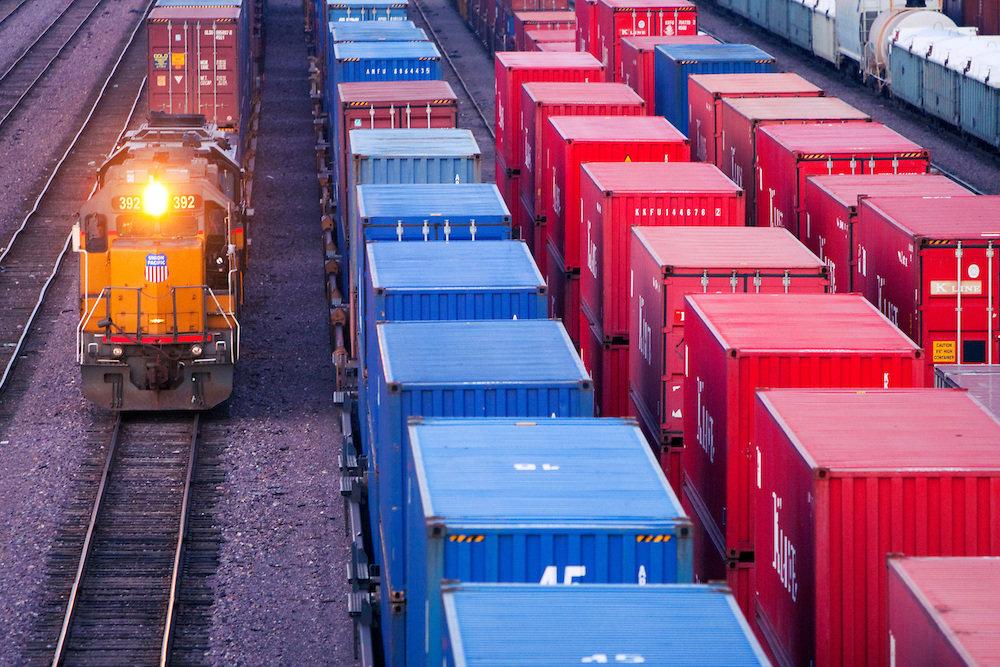 Преимущества железнодорожных грузоперевозок